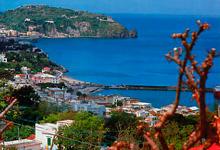 Il comune di Casamicciola Terme ha una superficie di 560 ettari ed una ...